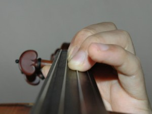 指の押さえ方3
